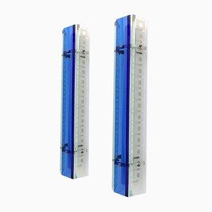 Apliques vintage grandes en azul de vidrio transparente y azul de Erco, años 70. Juego de 2