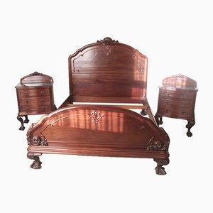 Juego de cama antigua de caoba con dos mesitas de noche, década de 1890