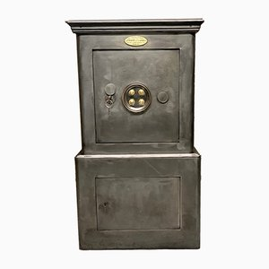 Antique Safe House from Frété