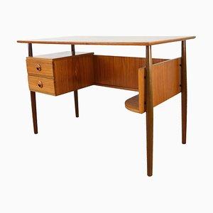 Skandinavischer Schreibtisch aus Teak, 1960er