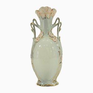 Antike tschechoslowakische Vase von Royal Dux