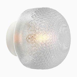 Lámpara de pared industrial vintage de vidrio esmerilado y porcelana, años 50