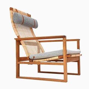 2254 Armlehnstuhl mit Gestell aus Eiche von Børge Mogensen für Fredericia, 1950er