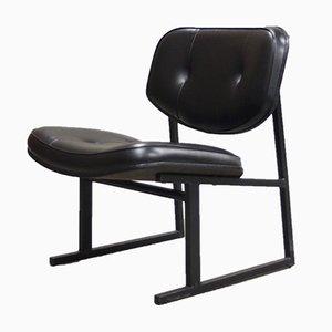 Vintage Lehnstuhl mit Bezug aus Kunstleder von Pierre Guariche, 1950er