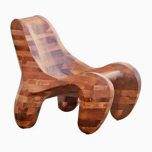 Poltrona 104% in legno di noce massiccio di Max Jungblut