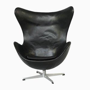 Mid-Century Egg Lounge Chair by Arne Jacobsen for Fritz Hansen