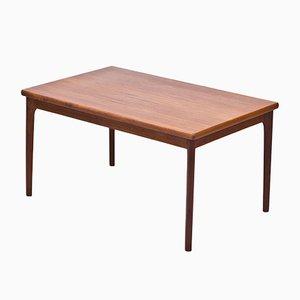 Mesa de comedor extensible de teca de Henning Kjærnulf para AM Mobler, años 60