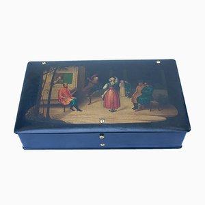 Antike Kiste mit Dorfmotiv von Lukutin