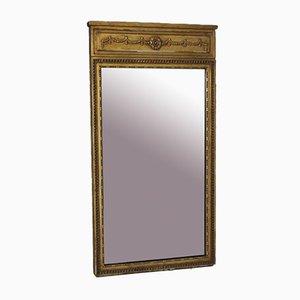 Espejo antiguo con marco de vidrio dorado