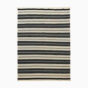 Handgewebter Kelim Teppich aus Wolle in Schwarz & Beige, 1970er