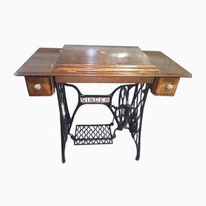 Tavolo da cucito antico di Singer, anni '10