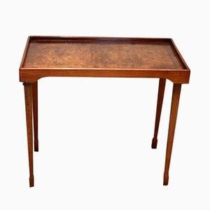 Tabletttisch aus Nussholz, 1930er