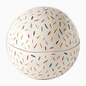 Round Fable Box by Atelier KAS