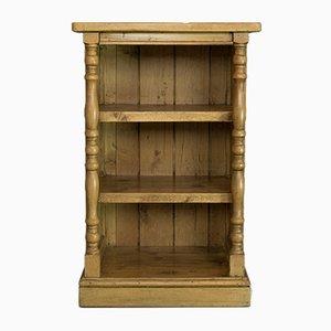 Antikes englisches Bücherregal aus Kiefernholz im viktorianischen Stil
