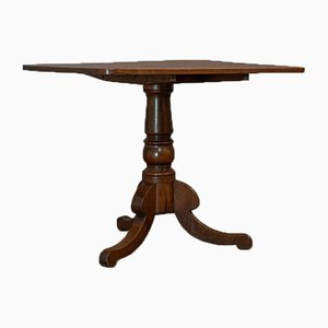 Antique Victorian English Oak Tilt-Top Table