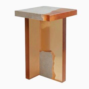 Mesa auxiliar Crystal de resina y mármol de Jang Hea Kyoung