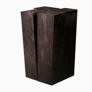 Taburete Iroko de madera de Arno Declercq