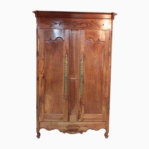 Armario antiguo de abedul y madera de cerezo