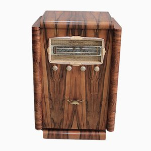 Vintage Veneered Radio