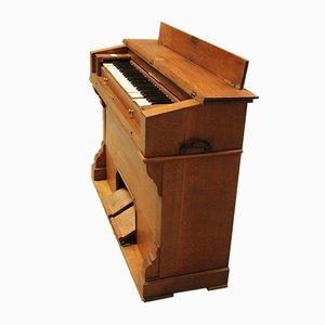 Vintage Oak Harmonium