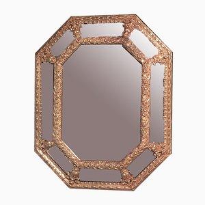 Specchio ottagonale antico in ottone goffrato