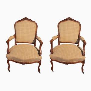 Louis XV Armlehnstühle aus Nussholz, 19. Jh., 2er Set
