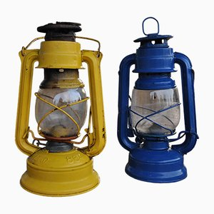 Lámparas de aceite húngaras en amarillo y azul, años 60. Juego de 2