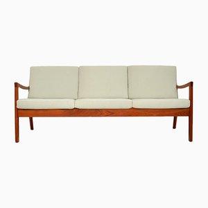 Sofá de tres plazas danés de teca de Ole Wanscher, años 60