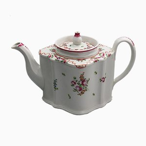Antique Porcelain Pattern 195 C Lozenge Teapot from New Hall