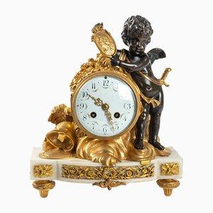 Orologio antico in marmo bianco