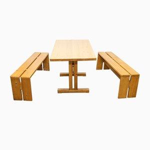 Set aus Sitzbänken & Tisch von Charlotte Perriand, 1960er