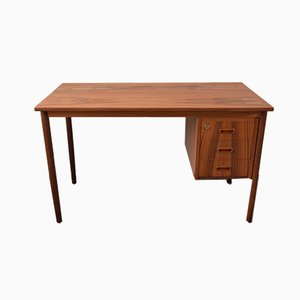 Mid-Century Schreibtisch aus Teak mit 3 Schubladen, 1960er