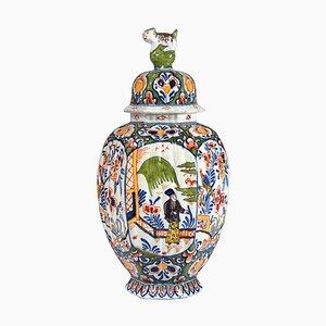Antike niederländische Delft Vase von Adrien Kocks