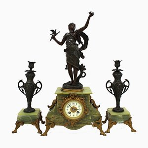 Horloge et Bougeoirs Napoléon III Antiques, Set de 3