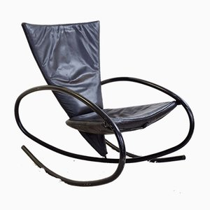 Sedia a dondolo vintage in pelle nera