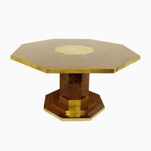 Mesa de comedor vintage octogonal de chapa de madera nudosa de árbol y latón de Jean Claude Mahey
