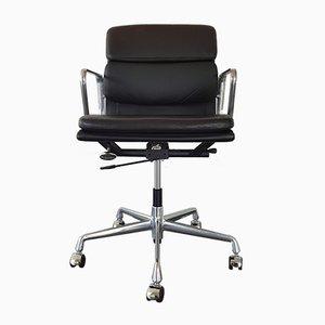 Sedia da scrivania EA 217 in alluminio e pelle di Charles & Ray Eames per Vitra, 1996