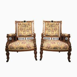 Antike viktorianische Armlehnstühle mit Gestell aus Nussholz, 2er Set