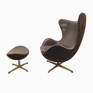 Egg Chair mit Fußhocker von Arne Jacobsen für Fritz Hansen, 2008