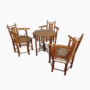 Japanische Armlehnstühle & Tisch aus Korbgeflecht, 1940er, 4er Set