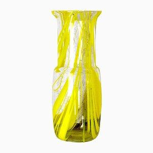 Jarrón de vidrio amarillo, años 60