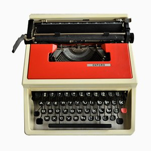 Red Portable Typewriter from Olivetti, 1970s
