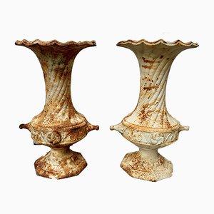 Urnas de jardín vintage de hierro fundido, años 50. Juego de 2