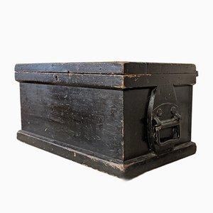 Antike Werkzeugkiste aus Kiefernholz