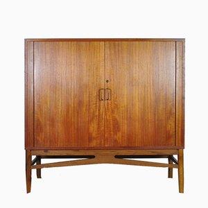 Moderner dänischer Schrank aus Teak, 1960er