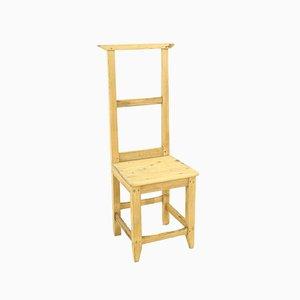 Antiker Beistellstuhl aus Kiefernholz