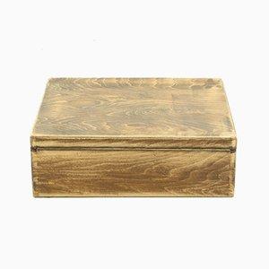 Antike Kiste aus Buche & Schichtholz