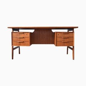 Modell 75 Schreibtisch aus Teak von Gunni Oman, 1960er