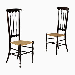Italienische Beistellstühle aus lackiertem Holz & Flechtsitzen, 1960er, 2er Set