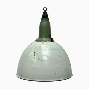 Lampe à Suspension Industrielle en Émail Vert, Aluminium et Bakélite, 1950s